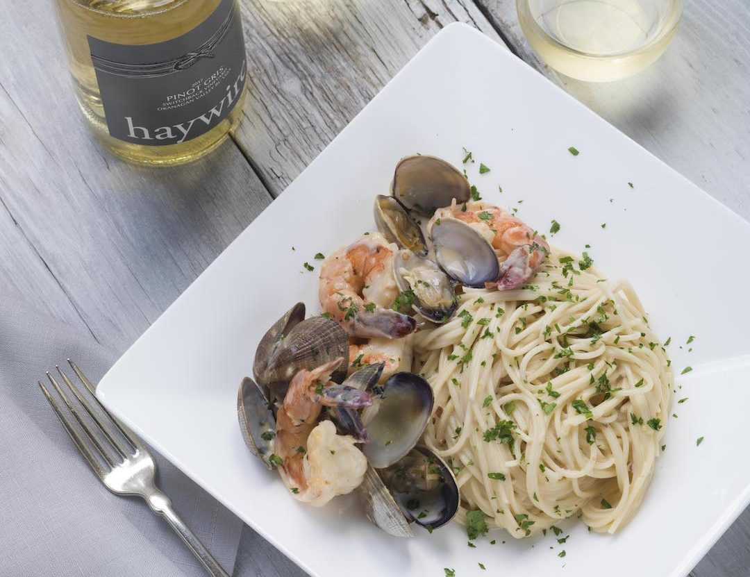 Wine pairing with prawns and pasta